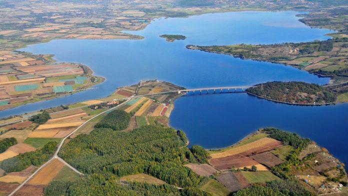 Gružansko Jezero