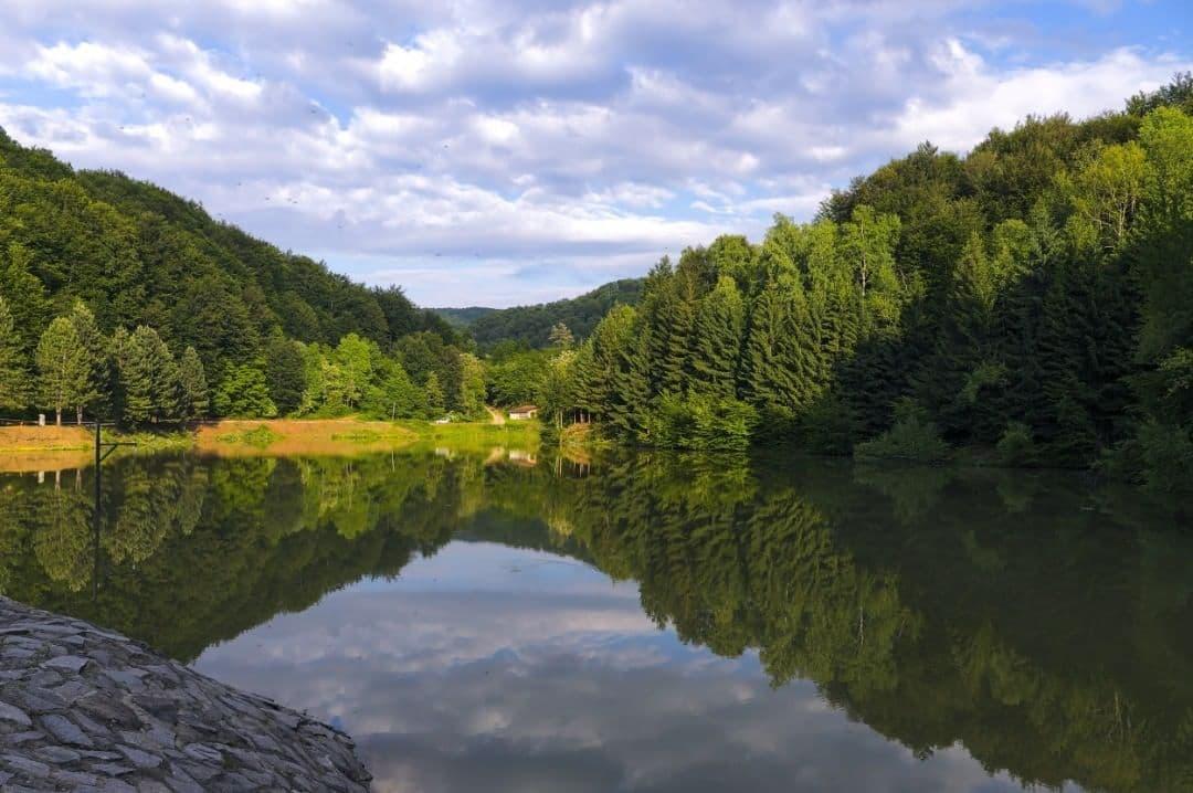 Radaljsko jezero