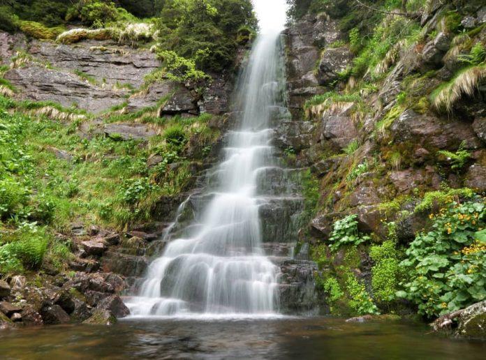 Vodopad Tri kladenca