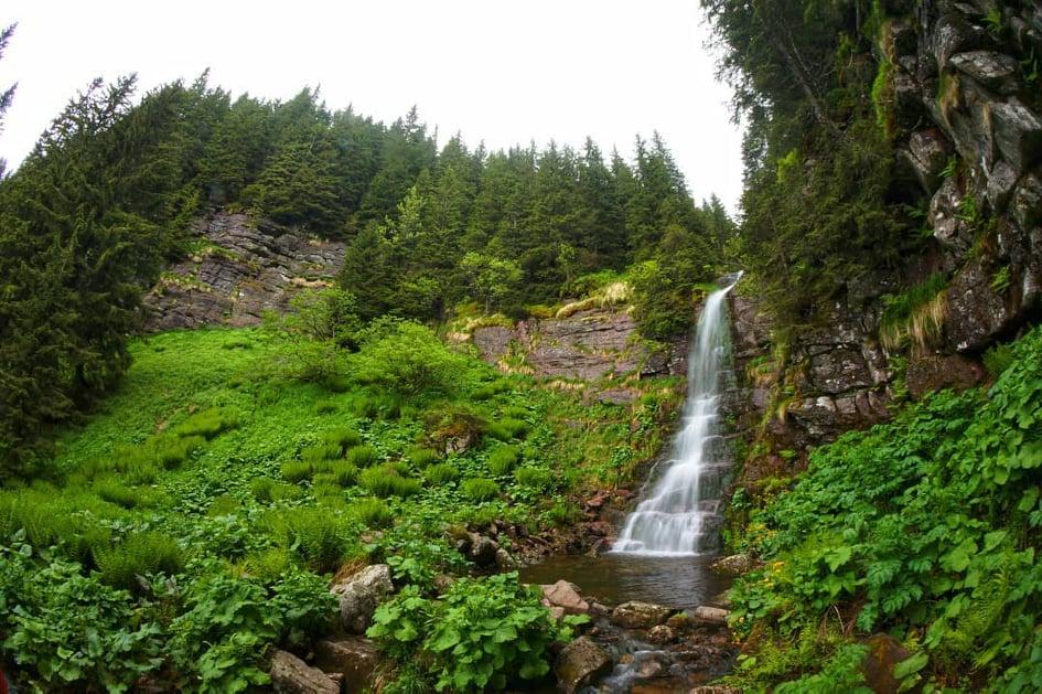Vodopad Tri Kladenca ili Arbinjski vodopad